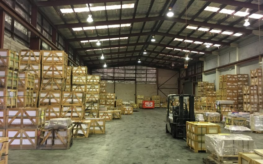 Large – High Clearance Clear Span Warehouse