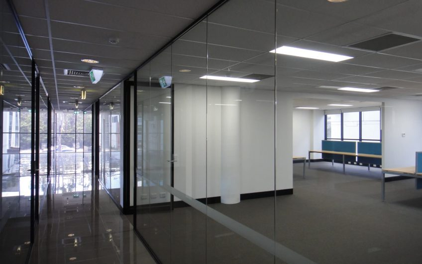 Great Value Office Space in Impressive Building
