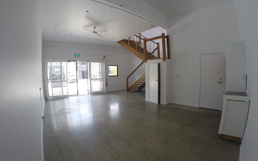 Beautifully presented space in Byron's Industrial Estate