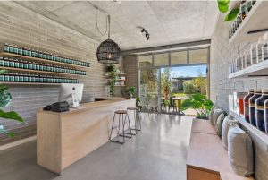 20 Parkes Ave For Lease